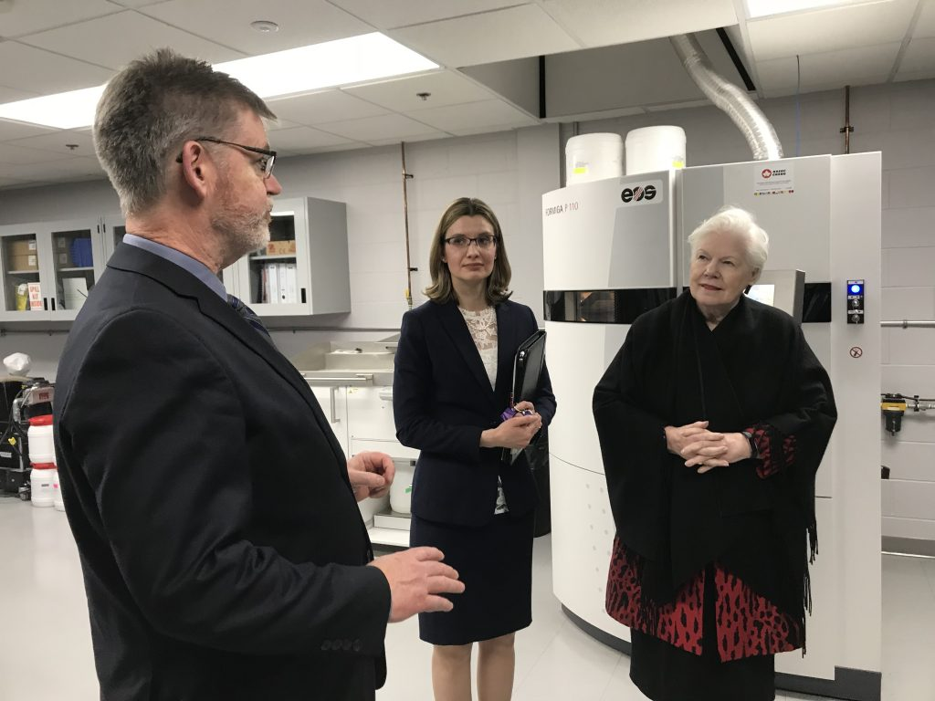 The Lieutenant Governor tours the research park